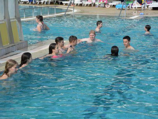 Športni dan – plavanje/Sportnap – úszás (2016/2017)