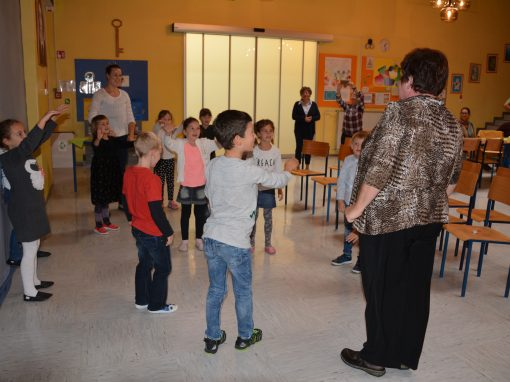 Prvošolčki postali polnopravni člani Šolske skupnosti   Kieselsőseink az iskolaközösség teljes jogú tagjai lettek